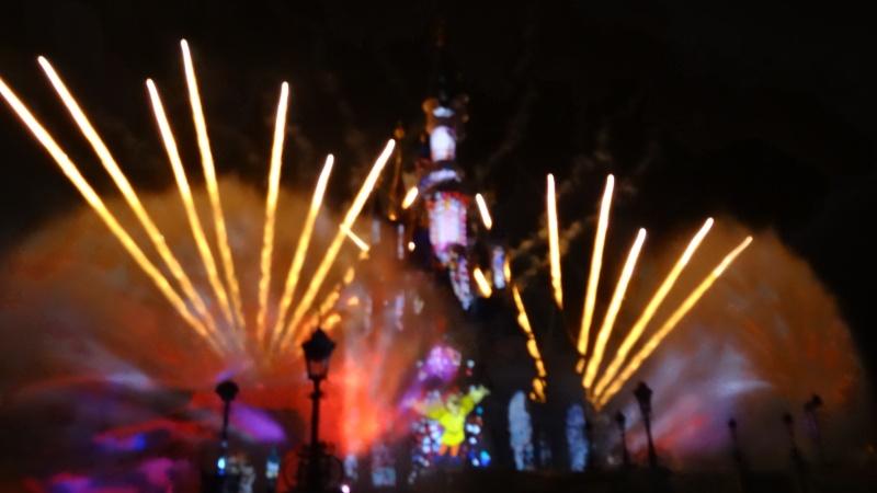 10 belges lâchés à Disneyland ! - Page 2 Dsc01426