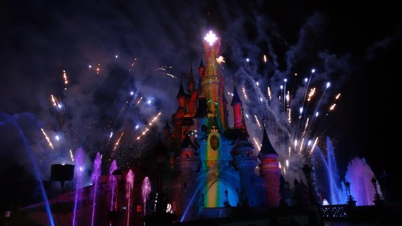 10 belges lâchés à Disneyland ! - Page 2 Dsc01512