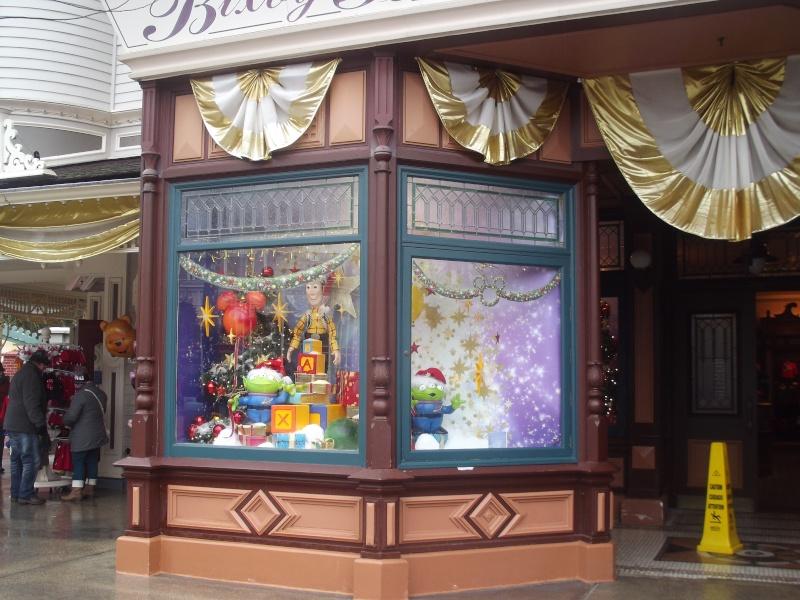 10 belges lâchés à Disneyland ! Dscf4116
