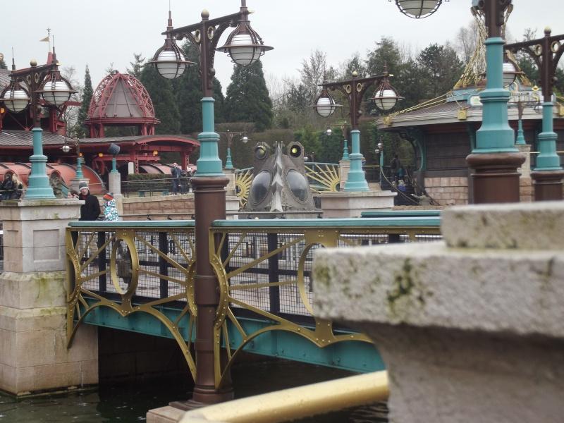 10 belges lâchés à Disneyland ! Dscf4123