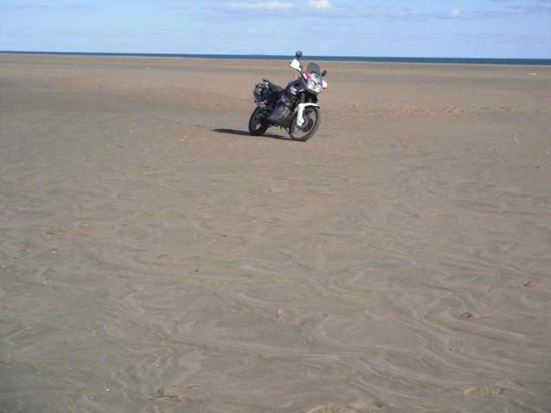 Terre - bitume, mais aussi neige et sable... Dscf2820