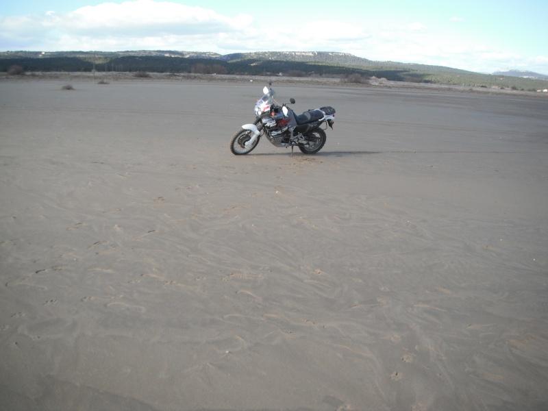 Terre - bitume, mais aussi neige et sable... Dscf2821