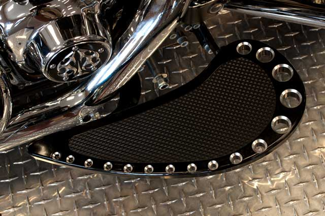Road Glide CVO, combien sommes nous sur Passion-Harley - Page 2 Teardr10