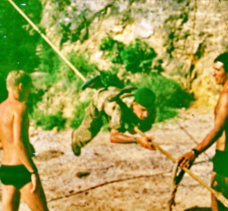 [Divers campagne Madagascar] CAP DIEGO AU CID 1972 - Page 3 Transp30
