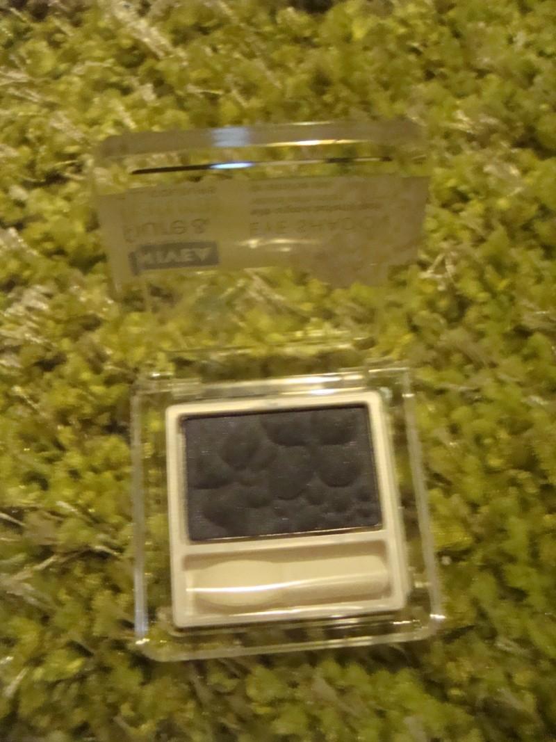Troc de Février [spécial Make up ET bijoux] Dsc03810
