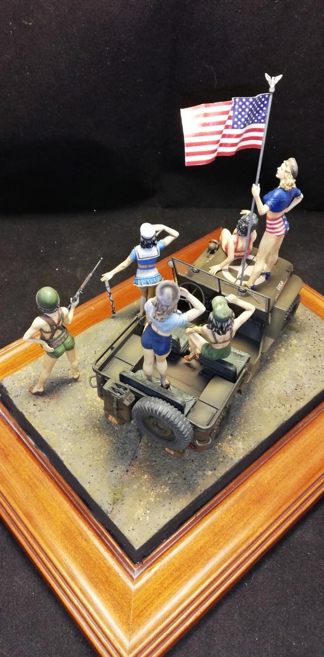 PIN-UPS - Masterbox 1/24 et Jeep Italeri Img_2083
