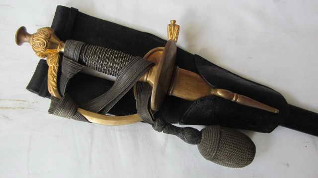 Epée d'officier de garde du corps  Img_2111
