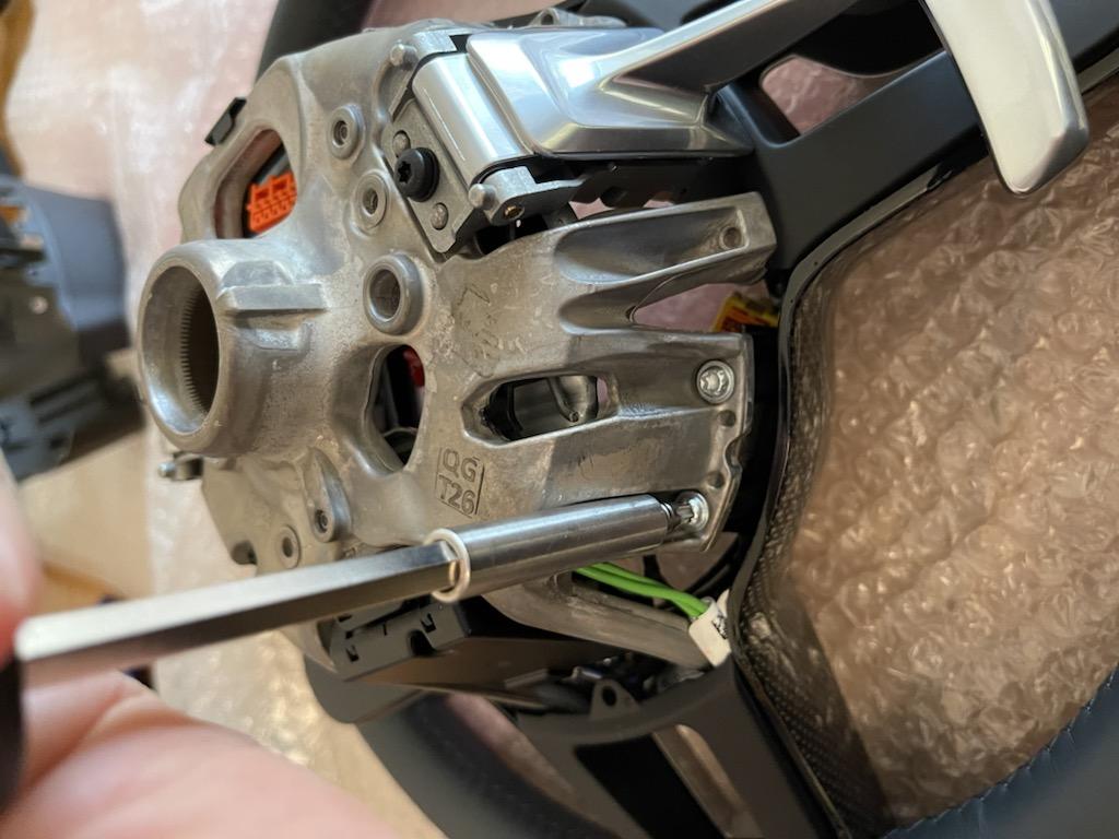Tuto 991.2: customisation volant sport GT multifonctions PDK/Sport Chrono avec pièces DBCarbon 24ccec10