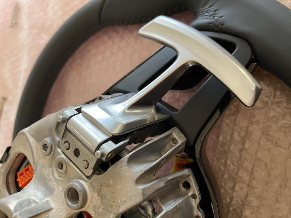 Tuto 991.2: customisation volant sport GT multifonctions PDK/Sport Chrono avec pièces DBCarbon 261b5010
