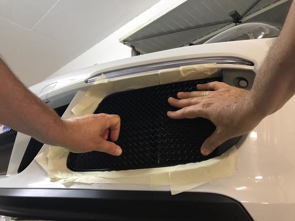 Tuto 991.2: Montage de grilles Zunsport avec bouclier avant SportDesign 31bbea10