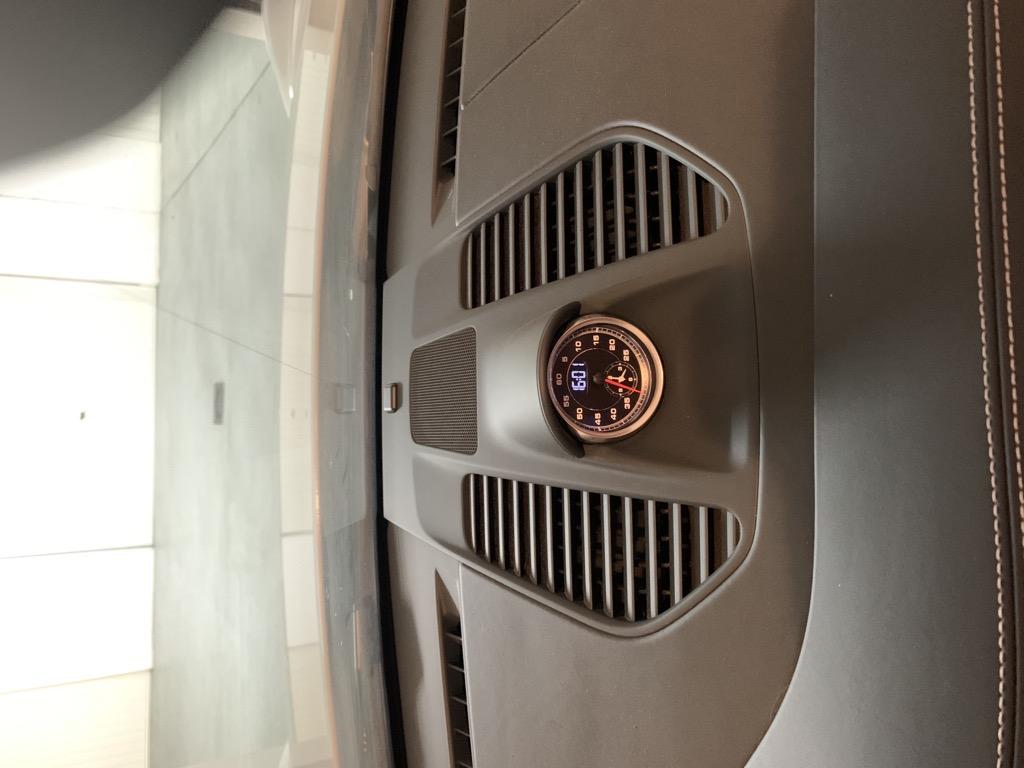 Tuto 991.2: Installation dessus tableau de bords, aerations et chrono pièce DBCarbon 4b965c10