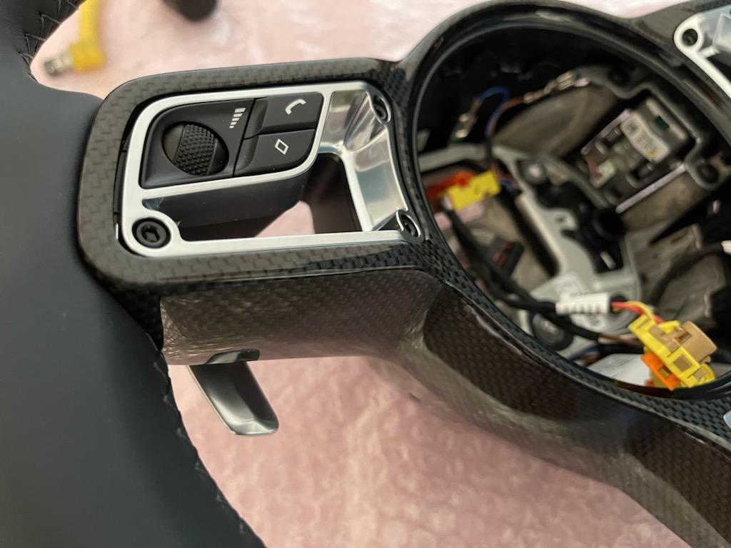 Tuto 991.2: customisation volant sport GT multifonctions PDK/Sport Chrono avec pièces DBCarbon 54009110