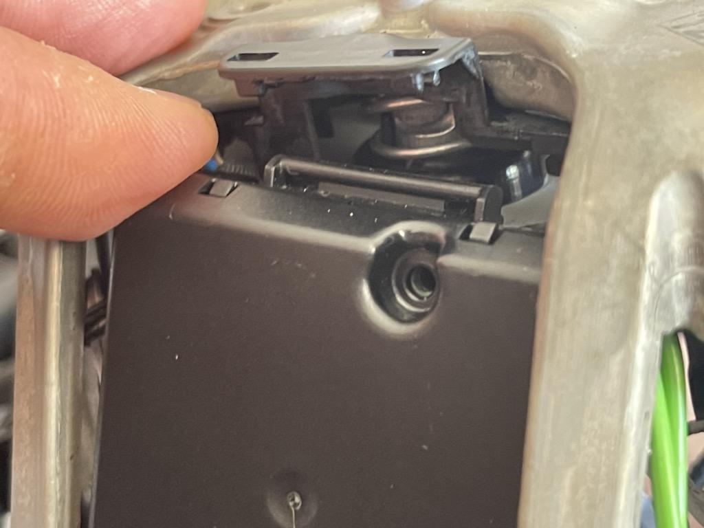 Tuto 991.2: customisation volant sport GT multifonctions PDK/Sport Chrono avec pièces DBCarbon 78814410