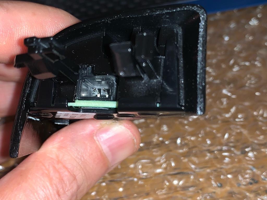 Tuto 991.2: installation détecteurs d'angles morts pièce DBCarbon 9d086e10