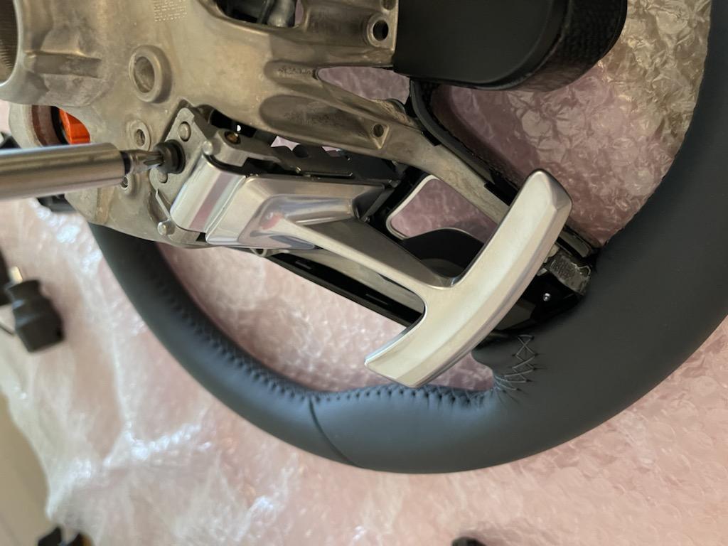 Tuto 991.2: customisation volant sport GT multifonctions PDK/Sport Chrono avec pièces DBCarbon A0086610
