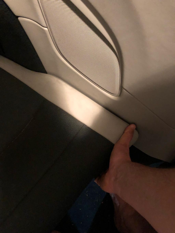 Tuto 991.2: installation d'un vide poche arrière avec pièce DBCarbon Bc911-42