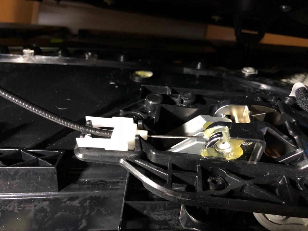 Tuto 991.2: installation commande vitres electriques conducteur par pièce DBCarbon Bc911133