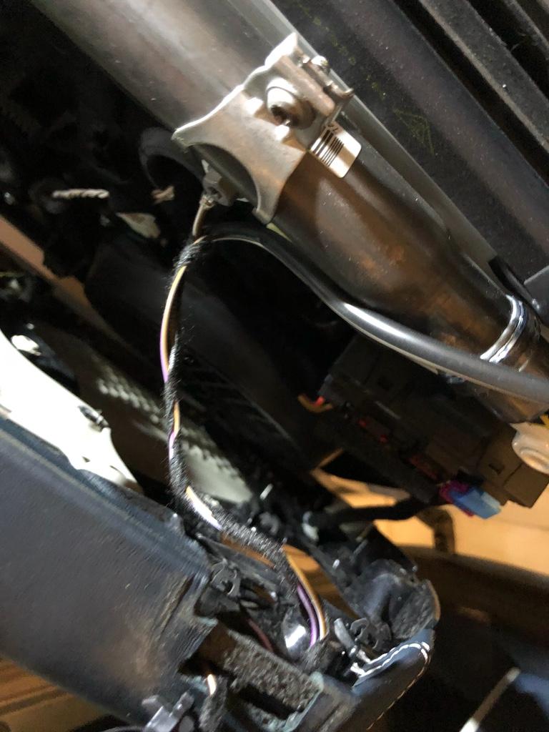 Tuto 991.2: installation commande vitres electriques conducteur par pièce DBCarbon Bc911134