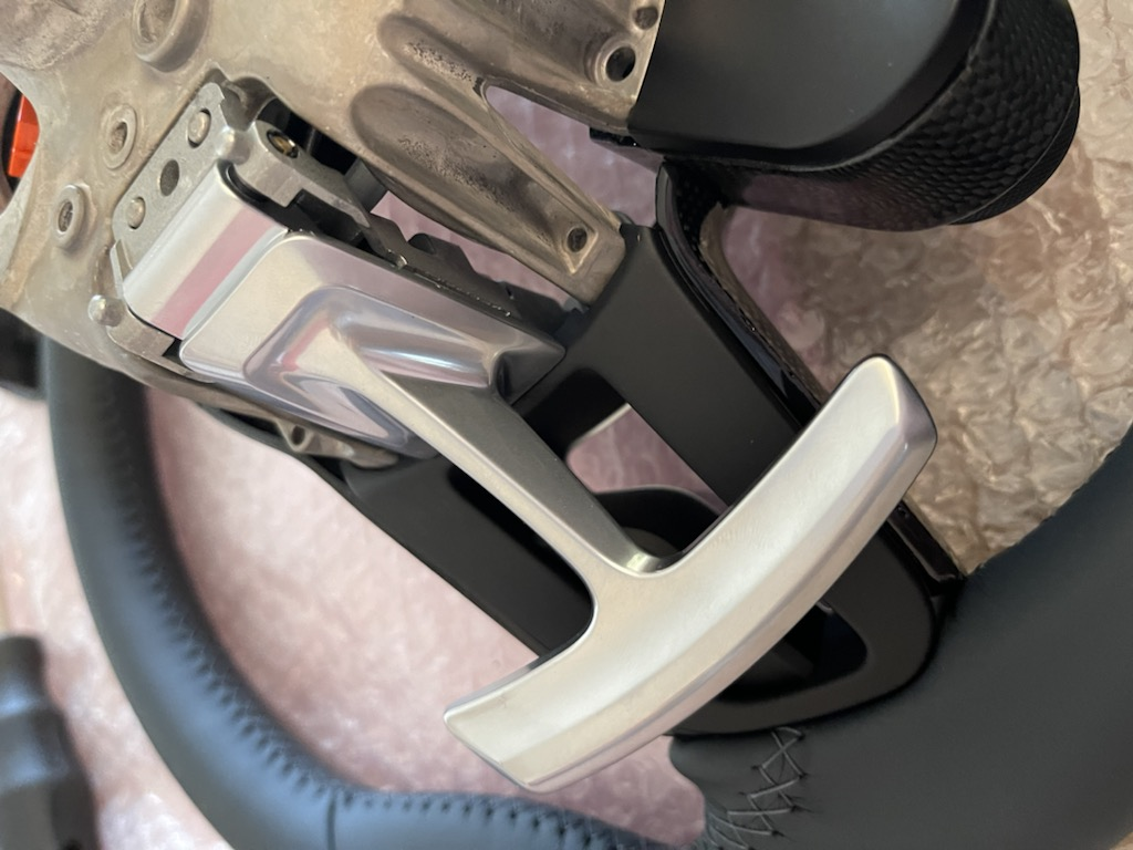 Tuto 991.2: customisation volant sport GT multifonctions PDK/Sport Chrono avec pièces DBCarbon C0798310