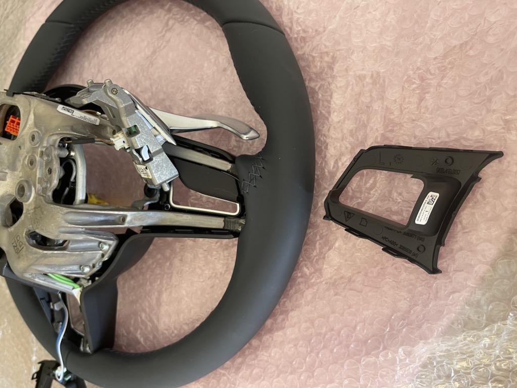 Tuto 991.2: customisation volant sport GT multifonctions PDK/Sport Chrono avec pièces DBCarbon C53f8710