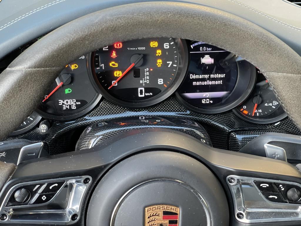 Mon volant bleu graphite/carbone est en place :-) Ce77b510