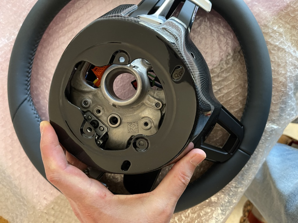 Tuto 991.2: customisation volant sport GT multifonctions PDK/Sport Chrono avec pièces DBCarbon D4032410