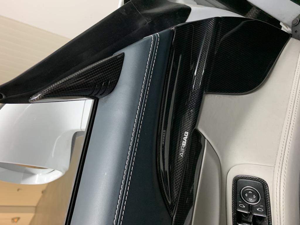 Tuto 991.2: Installation cache latérale airbag portière pièce DBCarbon E639fa10