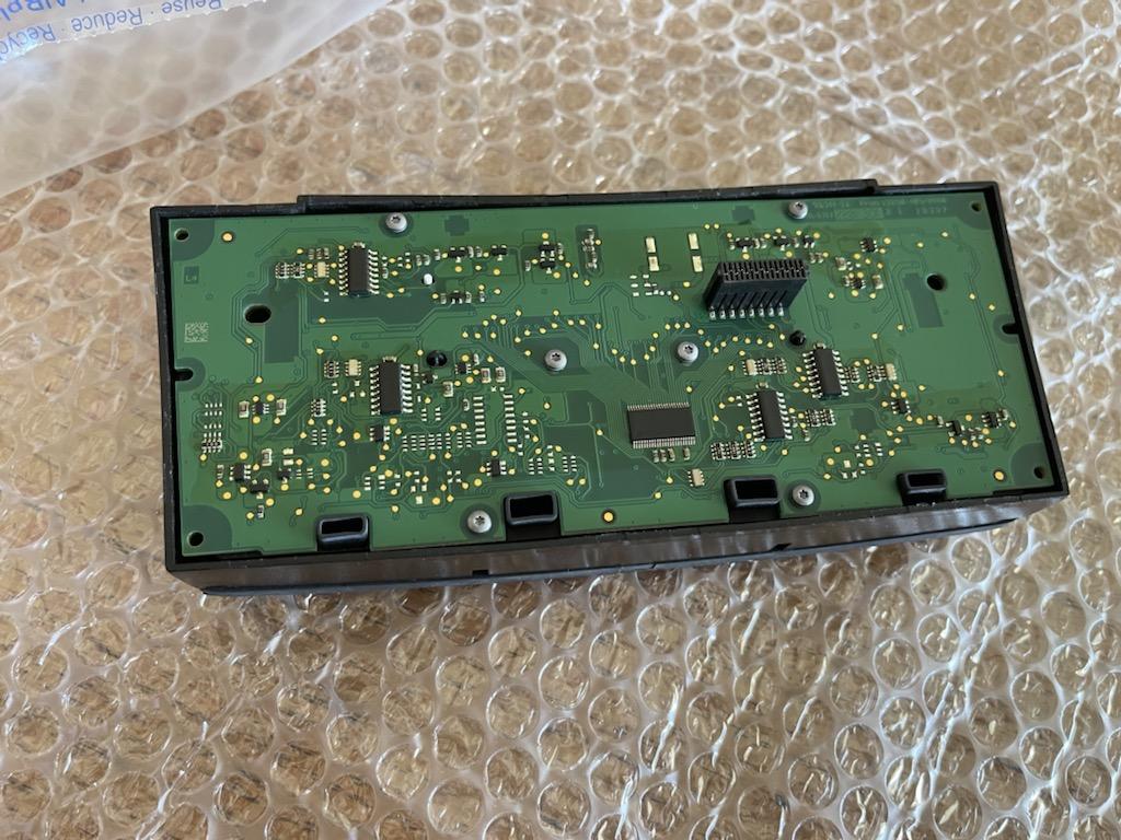 Tuto 991.2: Installation du thermostat pièce DBCarbon F3cb6710