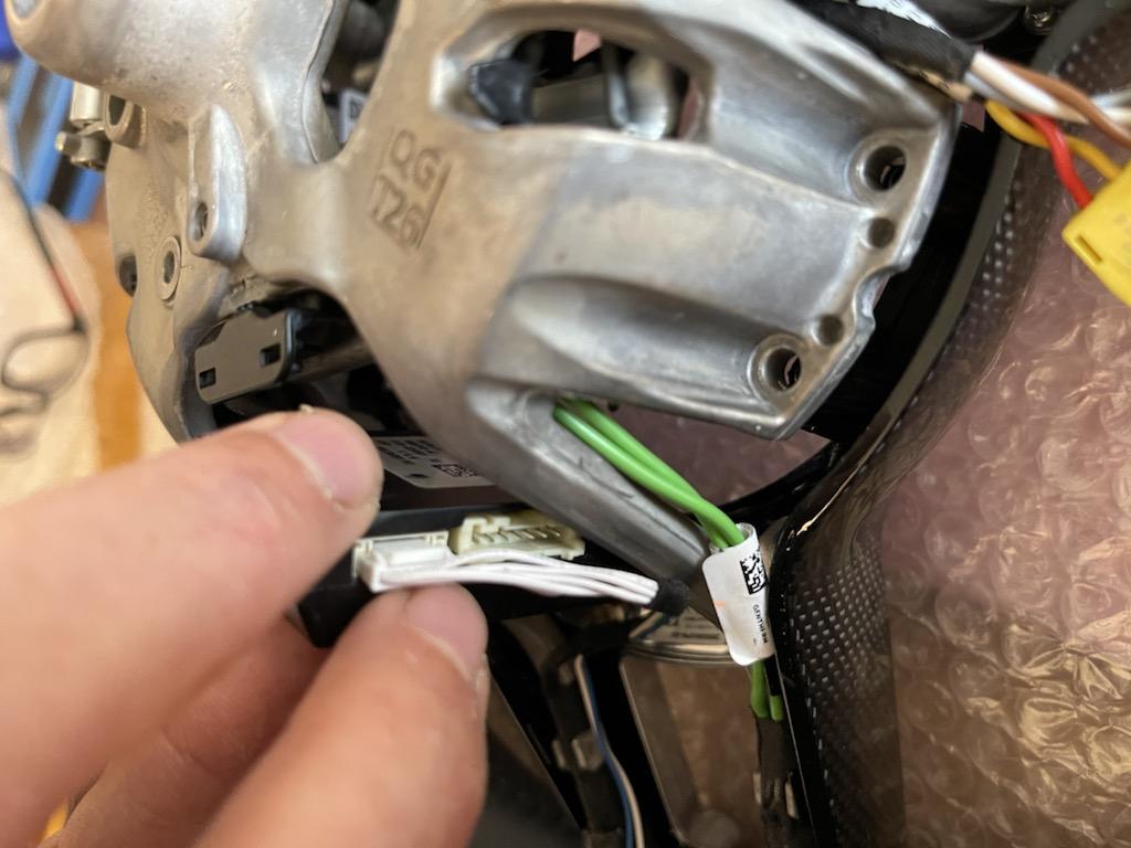 Tuto 991.2: customisation volant sport GT multifonctions PDK/Sport Chrono avec pièces DBCarbon Fa8c9710
