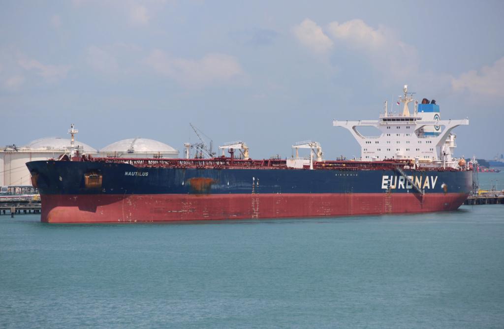 La flotte Euronav - Page 4 25617510