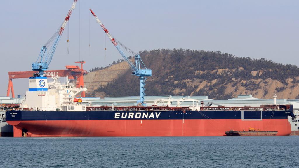 La flotte Euronav - Page 2 28063810