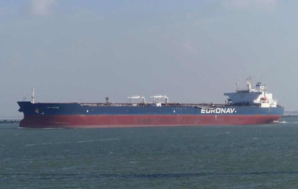 La flotte Euronav - Page 2 28176010