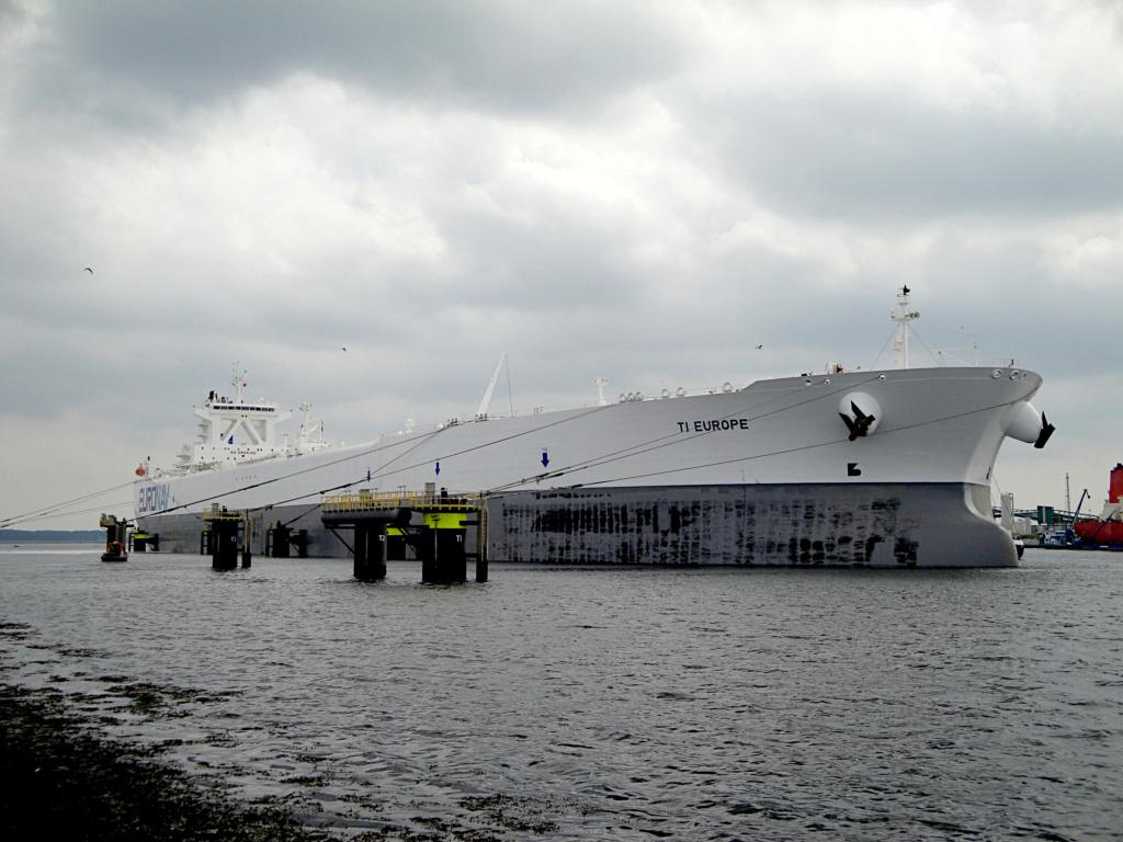 La flotte Euronav - Page 3 29575010
