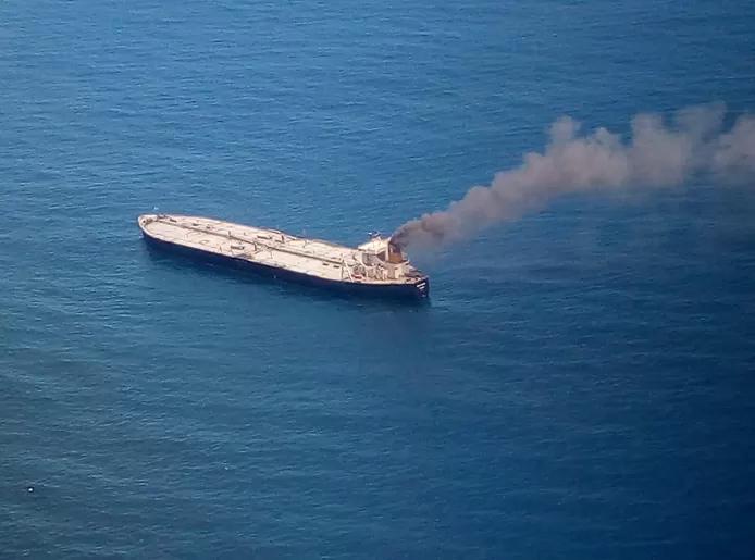 Explosion et incendie sur un pétrolier près du Sri Lanka 311