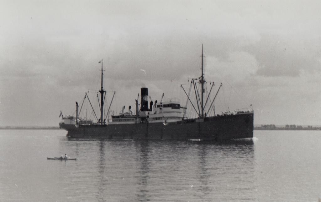 Photos General cargo avant 1940 (Plus 3000gt) 4 Adana11