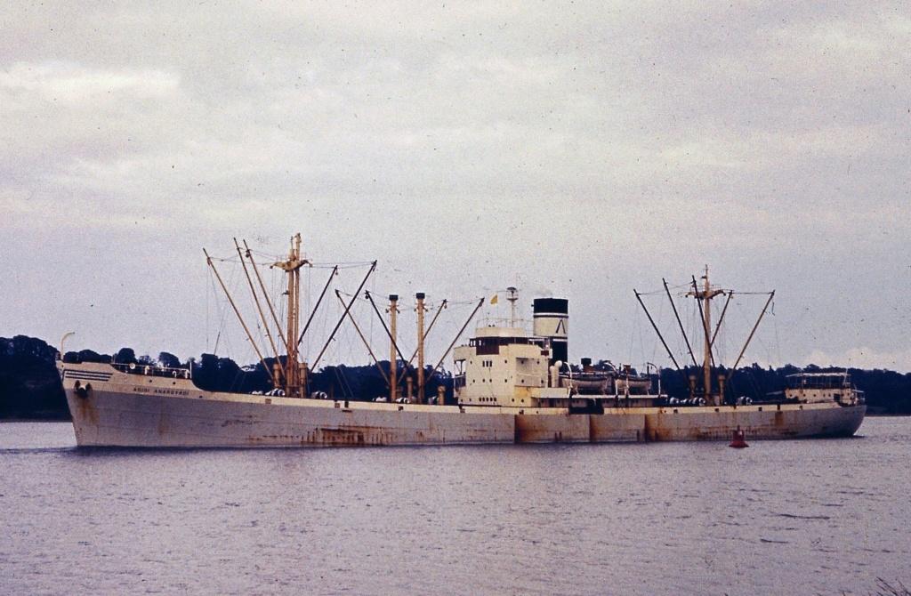 Photos General cargo avant 1940 (Plus 3000gt) 4 Agioi_10