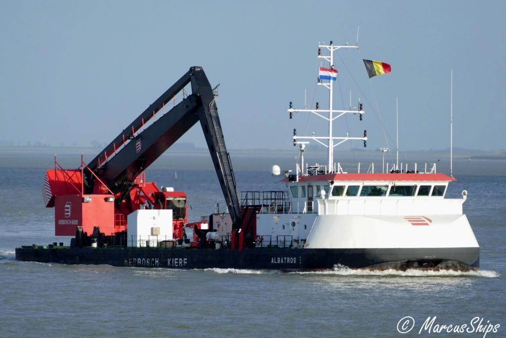 Photos des Navires Belge de la marchande,Fluviale et Pêche 1 Albatr10