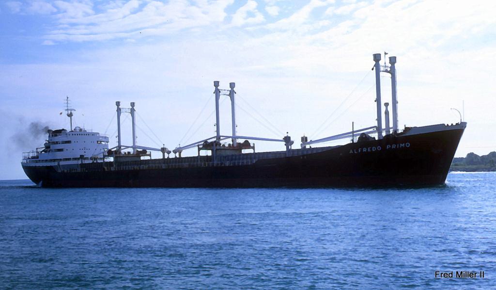 Photos Navires du monde construit entre 1950-1960 (7) Alfred11