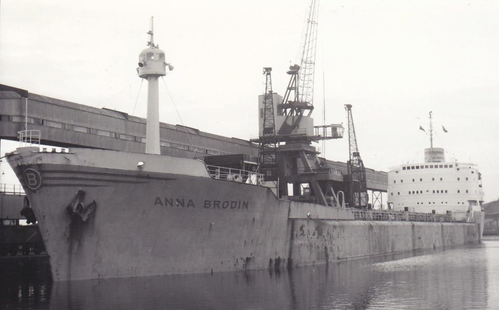 Photos Navires du monde construit entre 1950-1960 (5) Anna_b10
