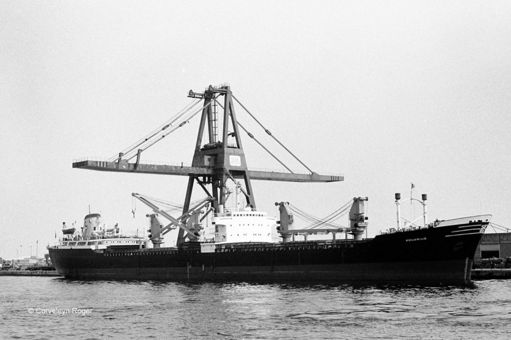 Photos Navires du monde construit entre 1950-1960 (6) Aquari10