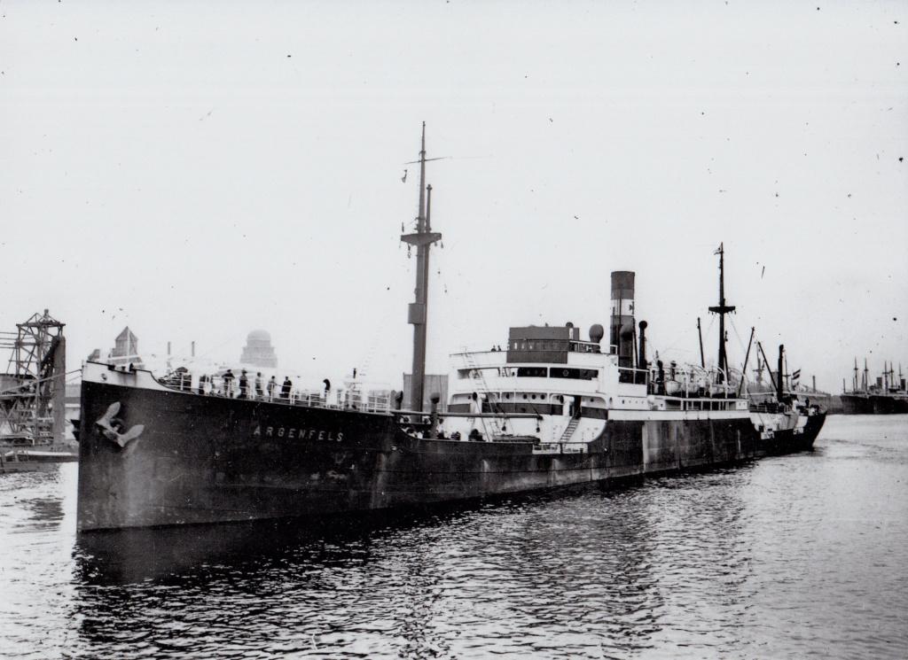 Photos General cargo avant 1940 (Plus 3000gt) 8 Argenf10