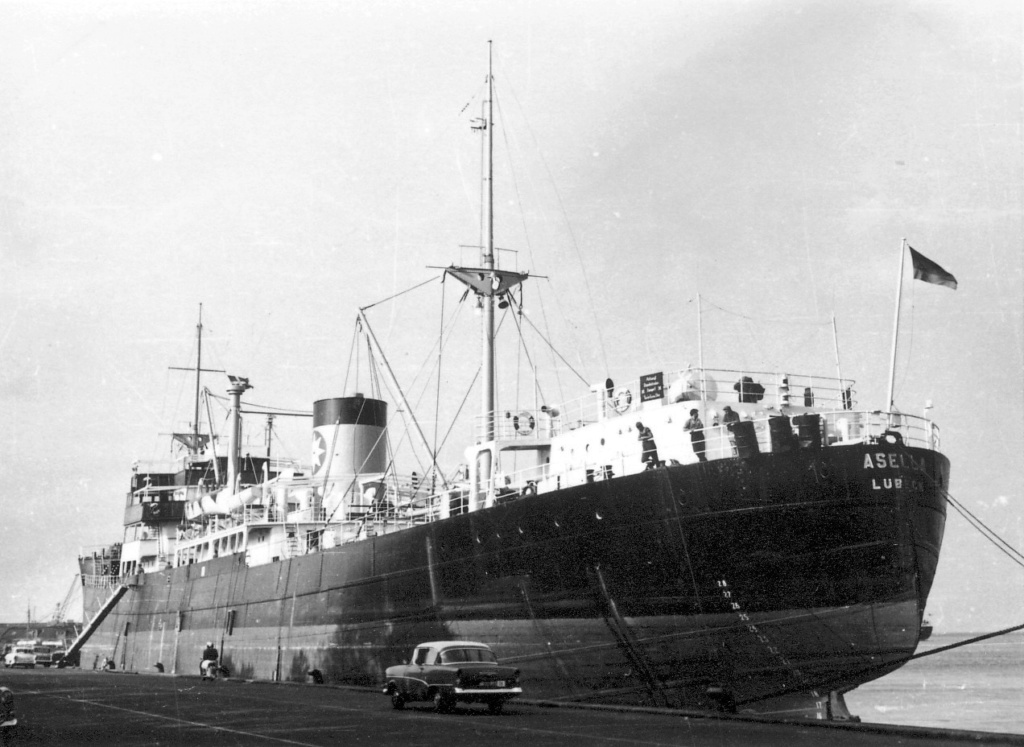 Photos General cargo avant 1940 (Plus 3000gt) 4 Asella10