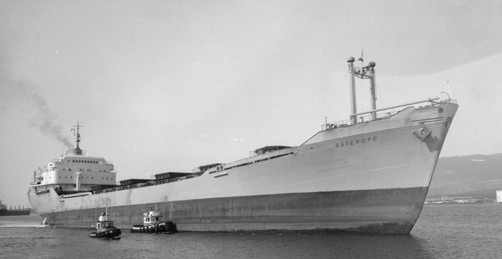 Photos Navires du monde construit entre 1950-1960 (3) Astero10