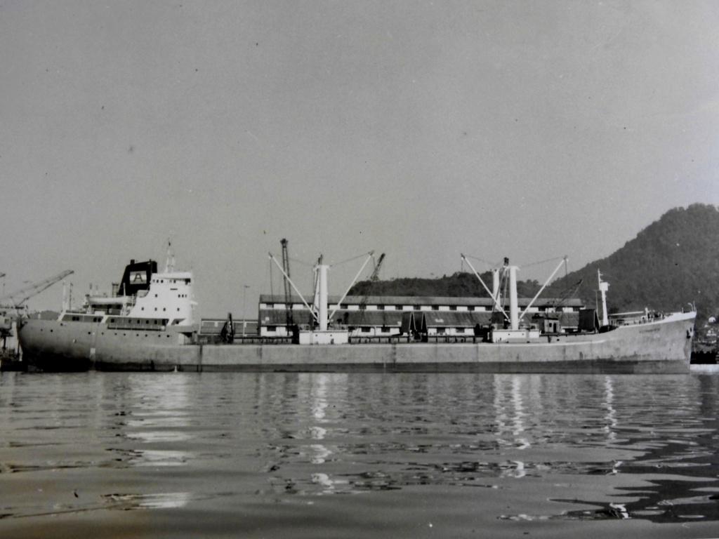 Photos Navires du monde construit entre 1950-1960 (2) Astran10