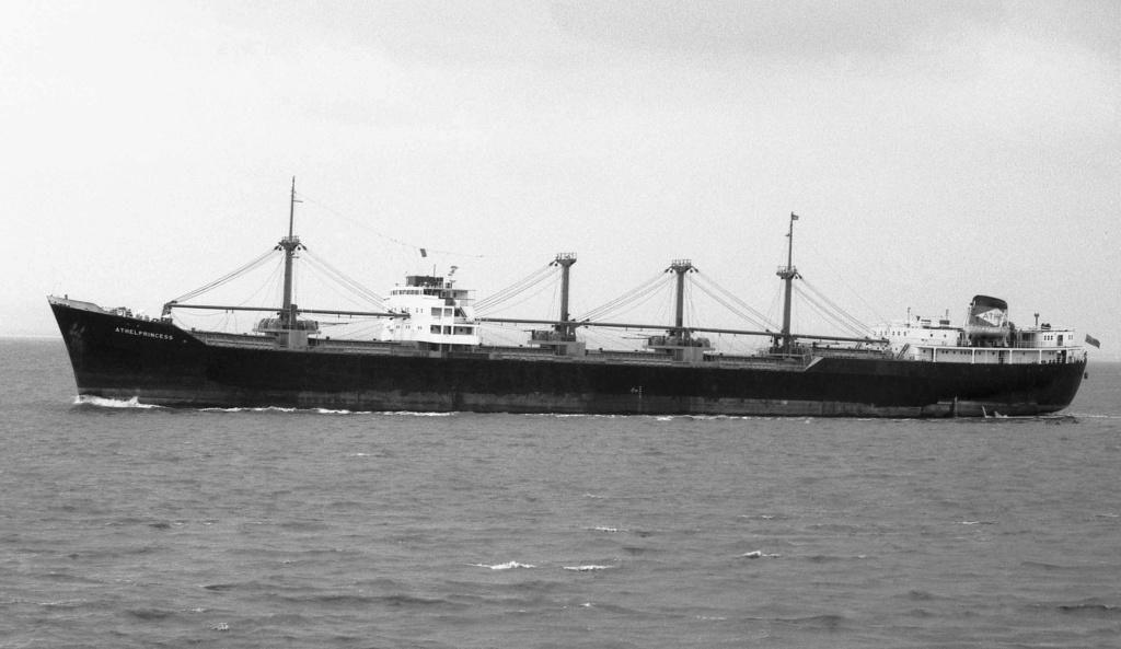 Photos Navires du monde construit entre 1950-1960 (3) Athelp10
