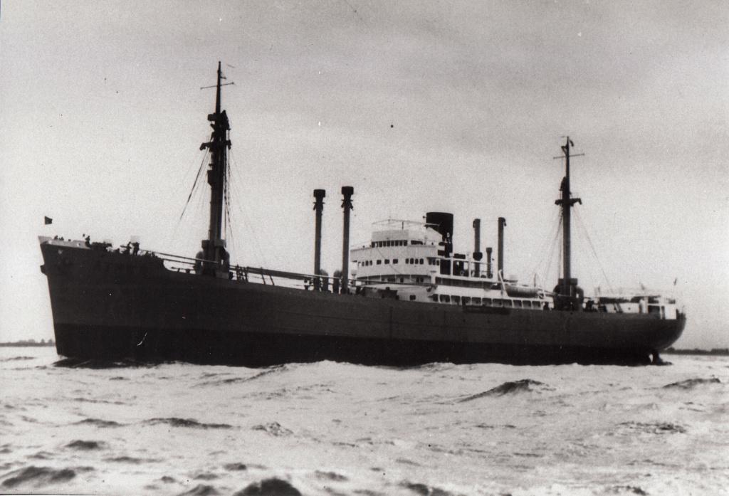 Photos General cargo avant 1940 (Plus 3000gt) 4 Athen_10