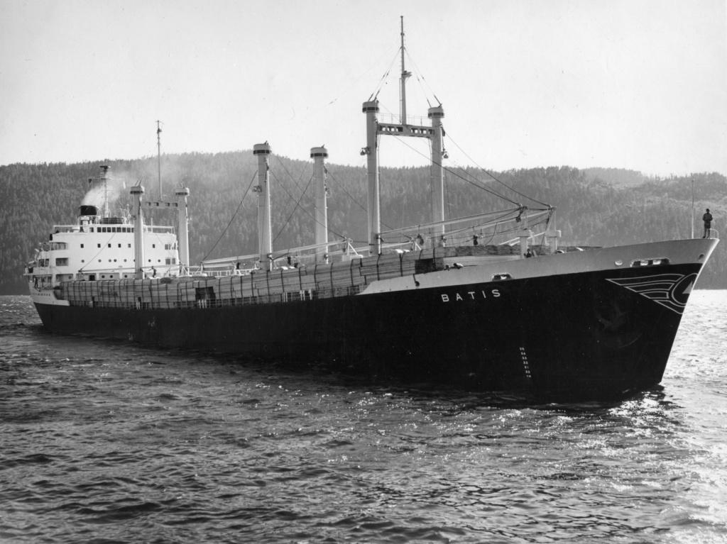 Photos Navires du monde construit entre 1950-1960 (6) Batis_10