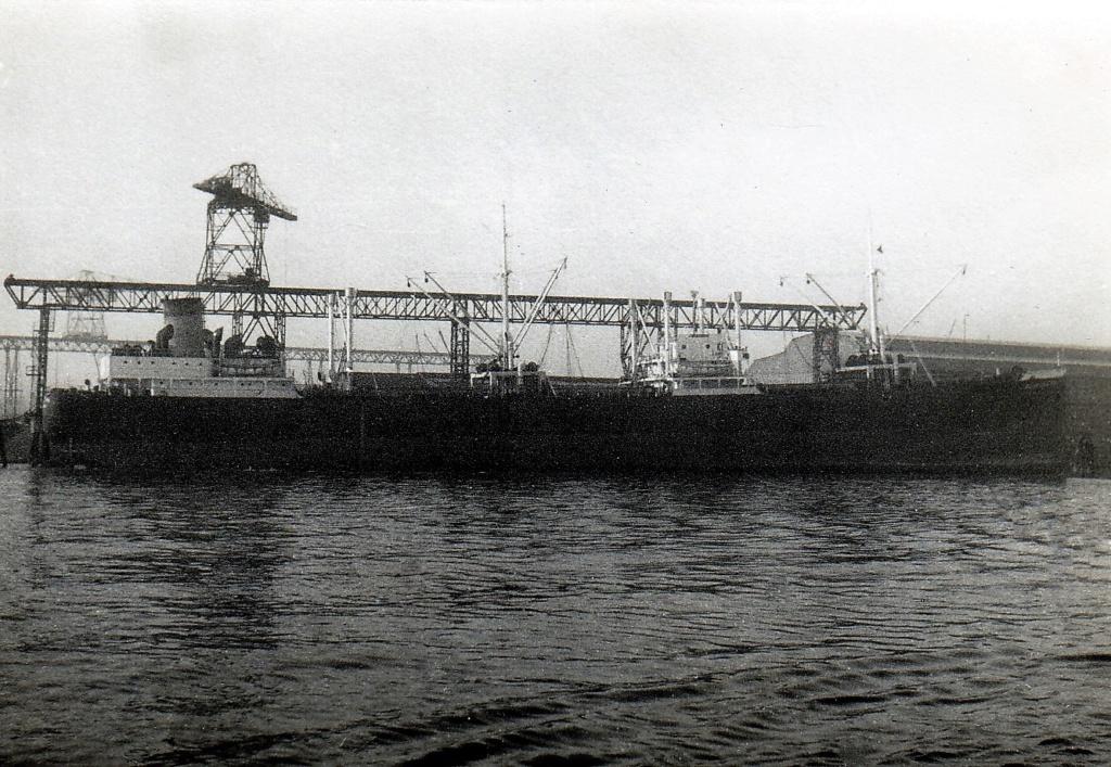 Photos General cargo avant 1940 (Plus 3000gt) 4 Blue_d10