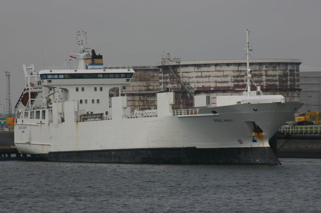 Photos de navires Luxembourgeois Armateur enre Belgique B 1 Bore_m10