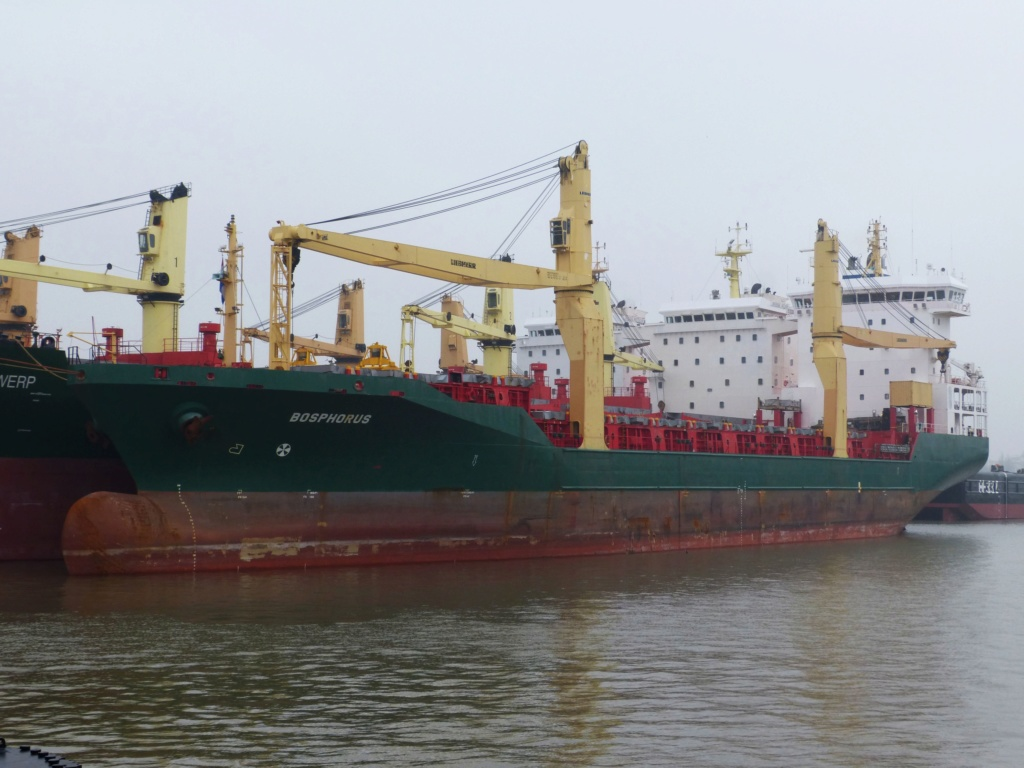 Photos de navires Luxembourgeois Armateur enre Belgique B 1 Bospho10